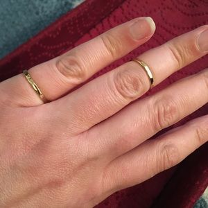 Hammered gold plated rings - set of 2